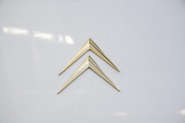 známé logo Citroenu